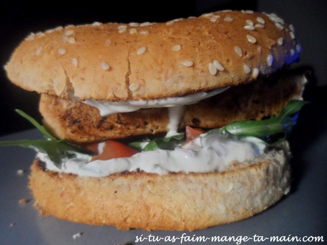 Hamburger au saumon sauce ciboulette1