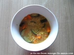 Bouillon de pâtes aux légumes2